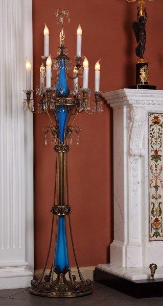Торшер с голубым стеклом и многие другие элементы дизайна интерьера, освещения, мебели Вы увидите в реальных интерьерах салона Избранное и предложениях компаний-участниц интерьерного салона